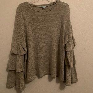Cropped flowy sweater!